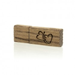Luxury Wood Pendrive 32 GB with Our Wedding inscription.